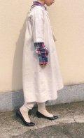 20年代オフホワイトA・B刺繍入りハーフボタンラウンドネック五分袖ナイティドレス