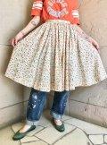 50年代クリーム×オレンジ×グリーン提灯柄フレアスカート