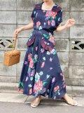 40〜50年代ネイビー×ピンク×パープル花柄フェイクポケット襟付き半袖ドレス