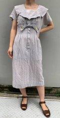 50〜60年代グレー×ホワイト格子柄リボン付きビックカラー半袖ドレス