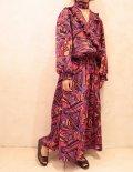 オレンジ×パープル×ブラック幾何学模様プリーツフリルシャーリングリボン付き長袖ドレス