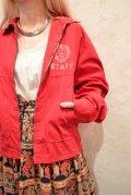 レッド×ホワイト無地ロゴプリントポケット襟付き長袖ジャケット