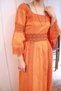 60〜70年代オレンジクロシェットレーススクエアネックフレアスリーブ五分袖ロングドレス