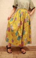 50〜60年代ライトグリーン×ゴールド×カラフルお花&動物柄フレアスカート