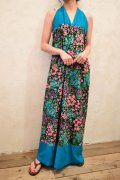 ブルー×カラフル花柄ホルターネックロングドレス