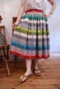 50〜60年代グレー×ホワイト×カラフル花&ボーダーフレアスカート