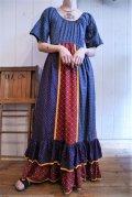 70年代ブルー×ネイビー×レッド花柄切替フリルデザイン半袖ロングドレス