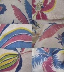 他の写真3: 40〜50年代ホワイト×サックスブルー×ピンクボタニカル柄ハーフジップ襟&ポケット付き半袖ロングフレアドレス
