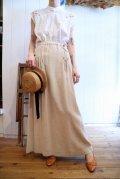 ベージュレザーリボンポケット付きリネンチロルロングスカート